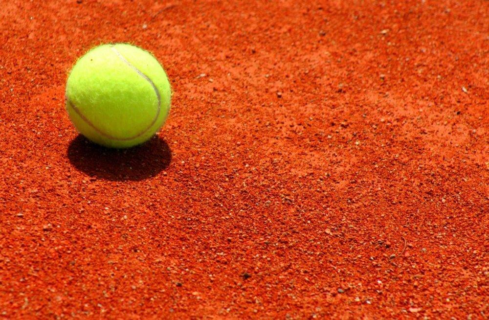 Tennispall