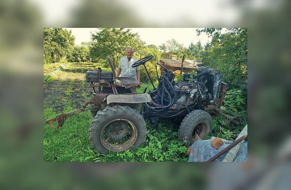 Rae valla mehe sulest ilmus Eestis iseehitatud traktorite kogumik