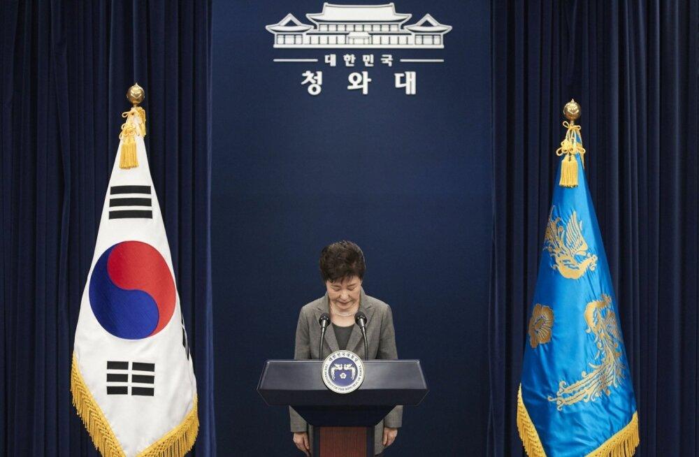Lõuna-Korea parlament hääletas president Park Geun-hye ametist tagandamise poolt