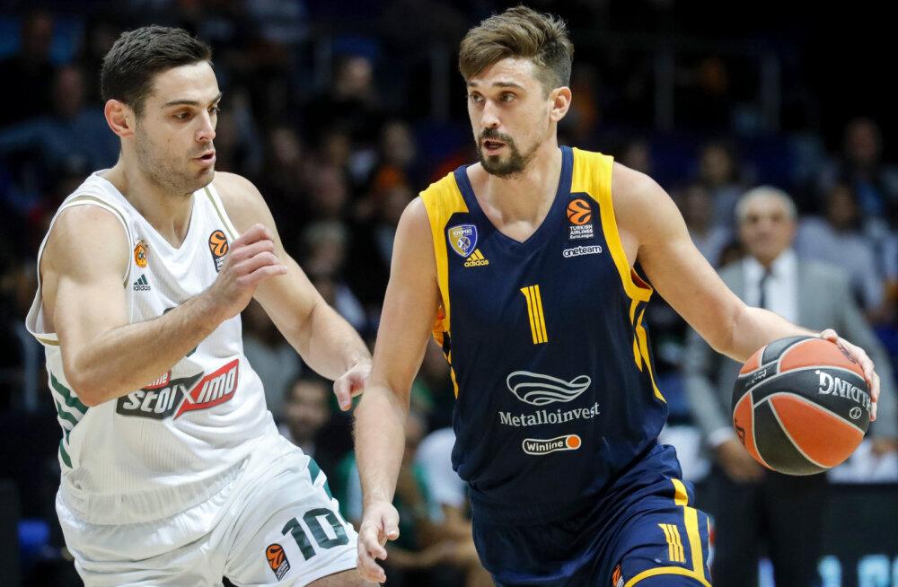 Aleksei Šved ja Ioannis Papapetrou (vasakul)