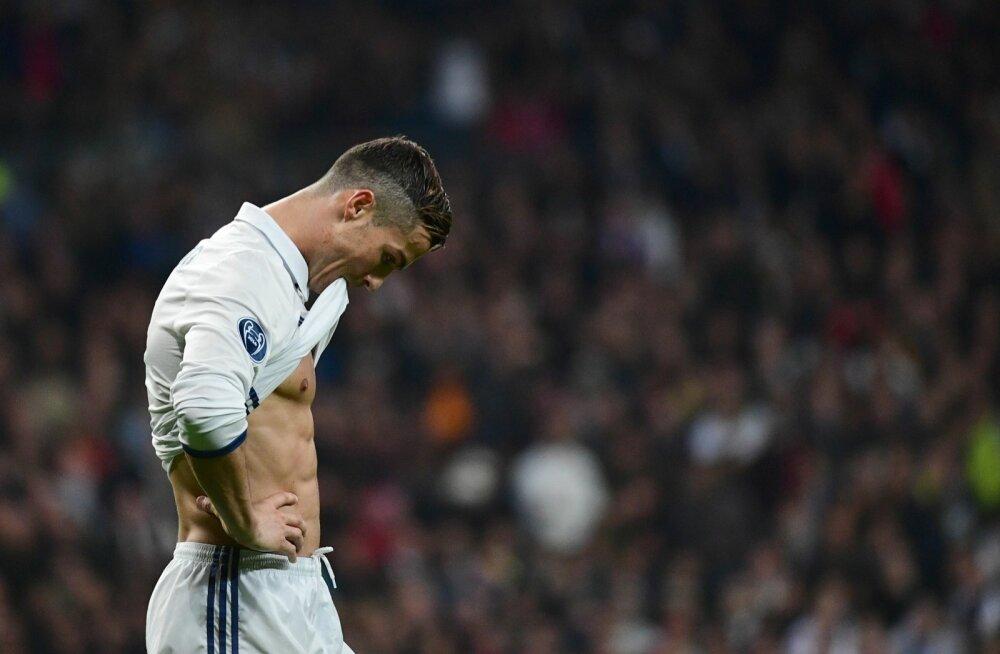 Cristiano Ronaldo ja karikakaitsja Madridi Real võivad juba 1/8-finaalis vastamisi minna Torino Juventuse või Londoni Arsenaliga.