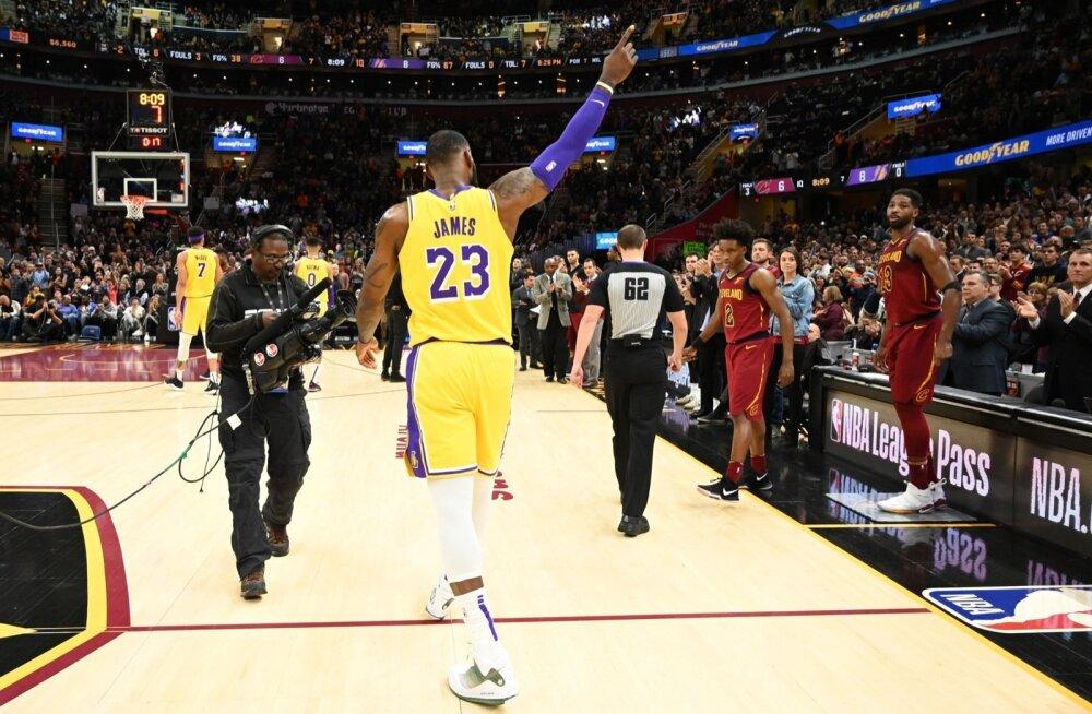 LeBron James tagasi Clevelandis