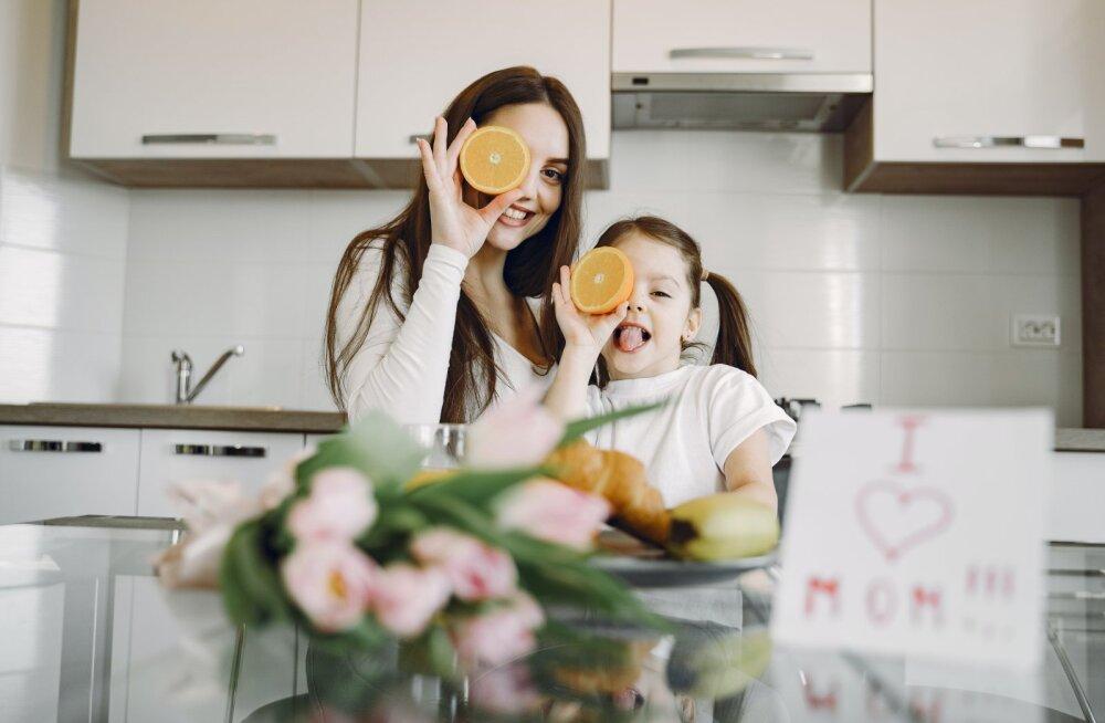 Исследование: 55% эстонских родителей дают детям витамины и минералы