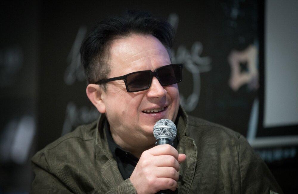 Vennaskonna solist Tõnu Trubetsky teadis, et Metallica esitab Vennaskonna loo, kuid ise ta etteastet kuulama ei läinud