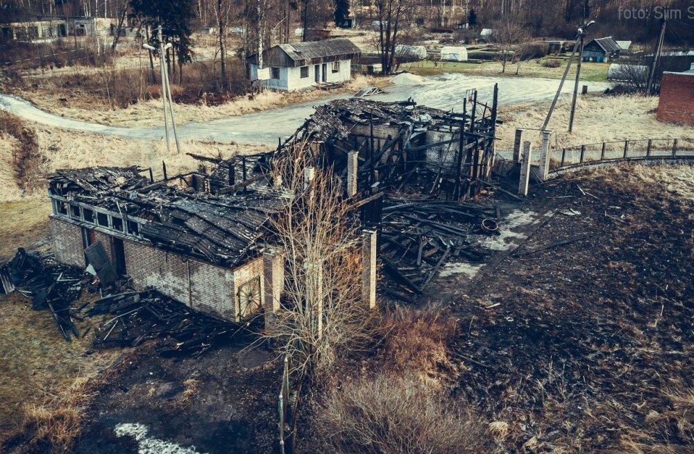 Tules hävinud Järvakandi välibasseini abihoone
