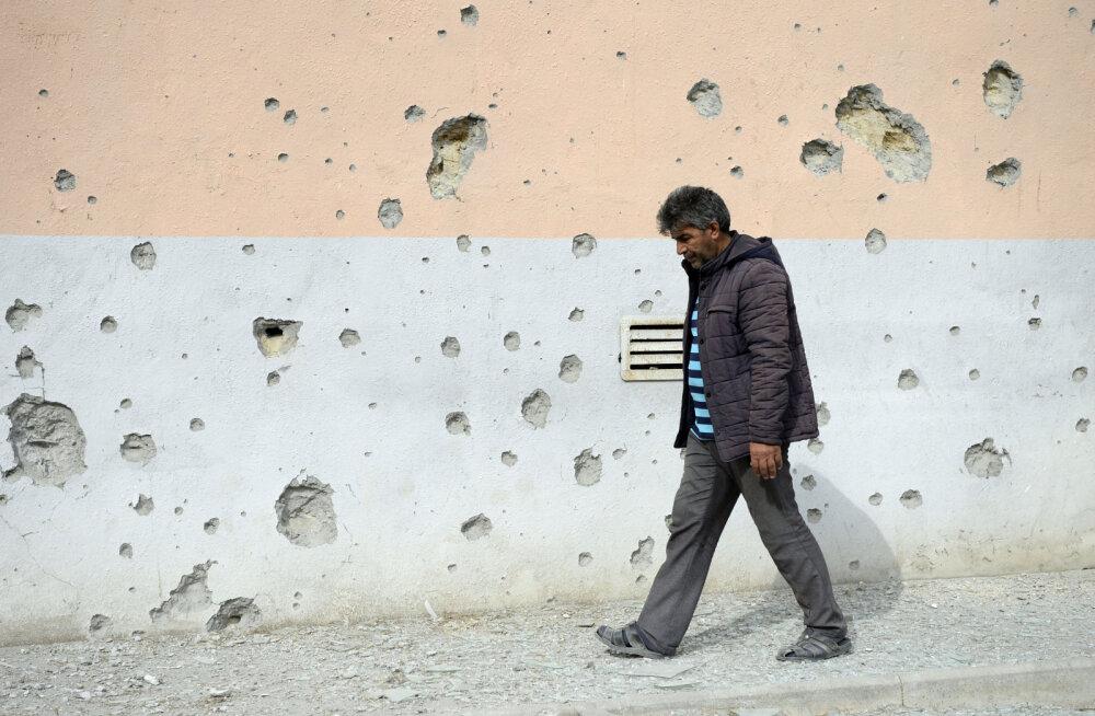 Результаты обстрела в Тертерском районе неподалеку от Нагорного Карабаха