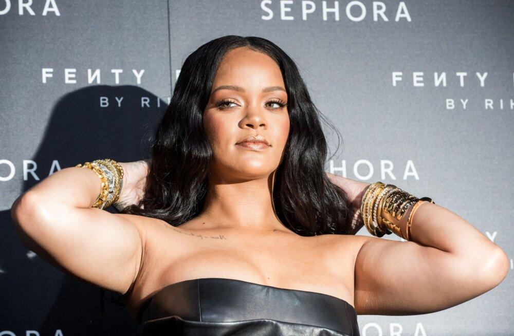 Rihannal on kõigile naistele suurepärane sõnum: ma ei näe välja nagu Victoria's Secreti tüdruk, aga ma tunnen end pesus ikka väga ilusa ja enesekindlana