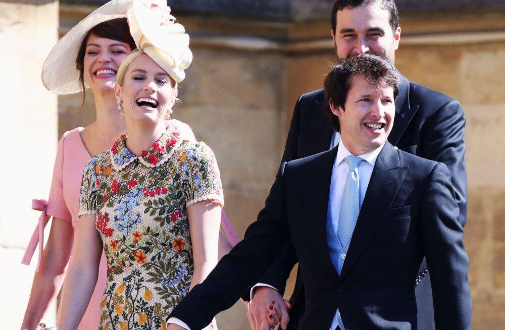 James Blunt andis geniaalse vastuse netitrollile, kes päris, et kes tema veel sinna kuninglikku pulma kutsus!