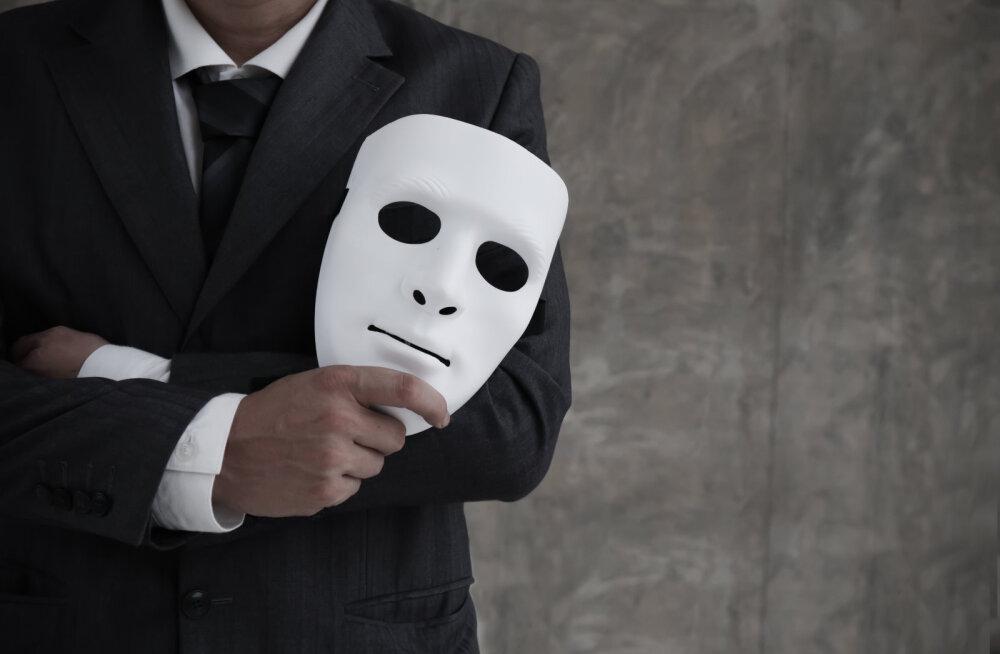 Aitab naiivsusest: kui mehe käitumine on muutunud ja ilmunud on kahtlased märgid, võib see tähendada sinu suurima hirmu täitumist
