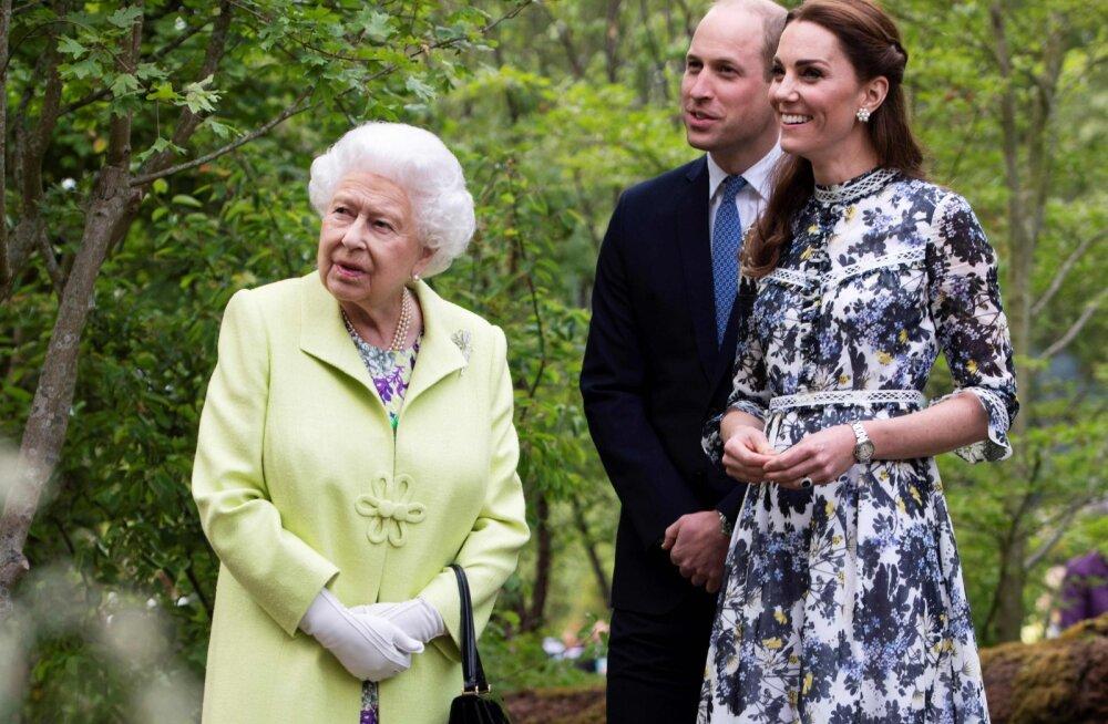 """Tõde prints Williami ja kuninganna Elizabethi """"keerulise"""" suhtluse taga: aastate jagu pidevat treeningut"""