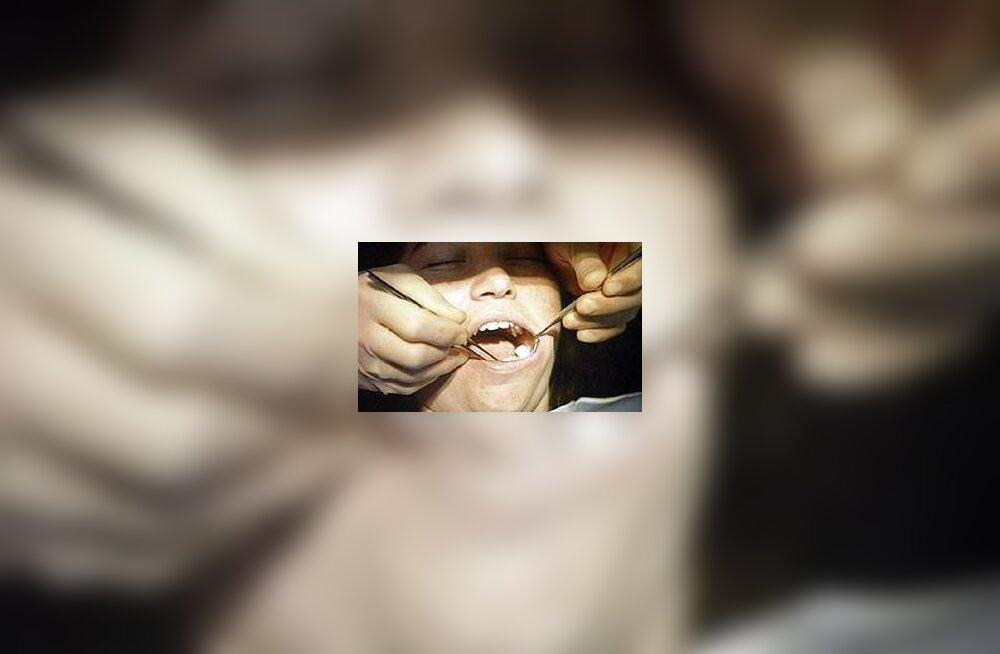 Hambaarsti juures