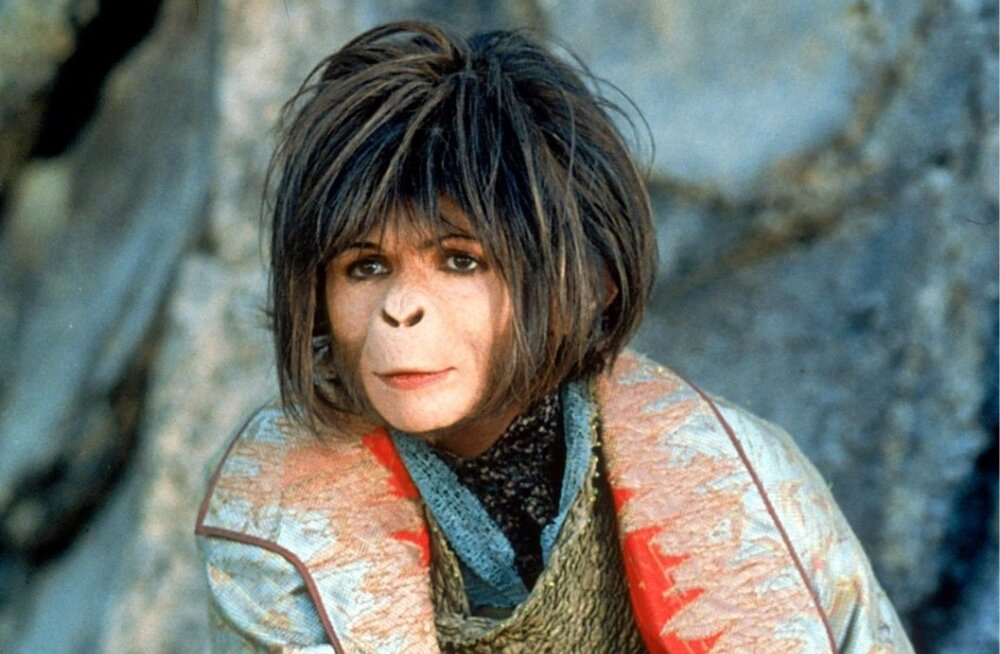 Helena Bonham Carter in Planet of the Apes (2001)