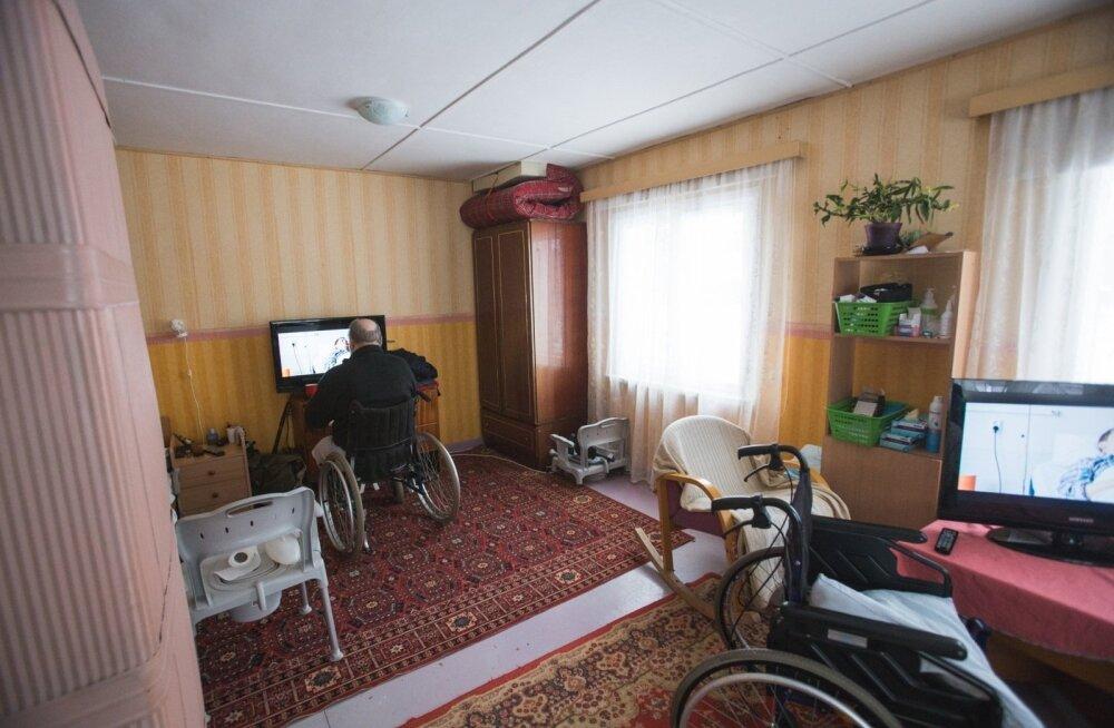 """""""Подпольные"""" дома по уходу предлагают отчаявшимся людям свет в конце тоннеля"""