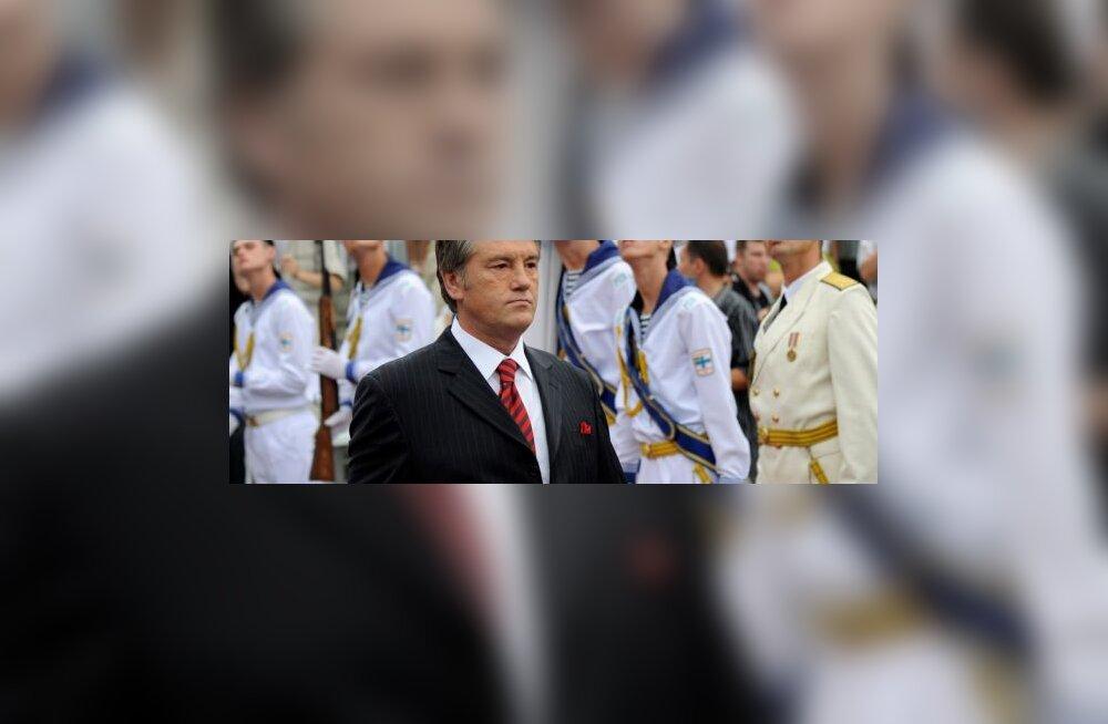 Juštšenko andis presidendivalimiste avapaugu