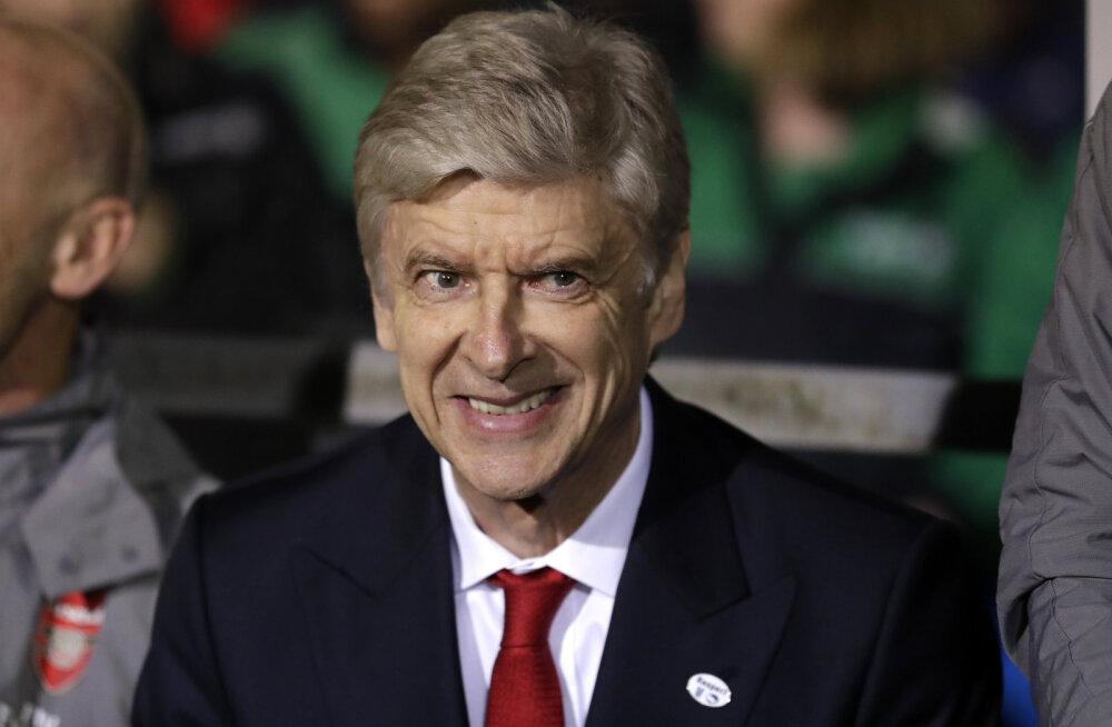 Arsene Wenger loobus hiinlaste üüratust palgast