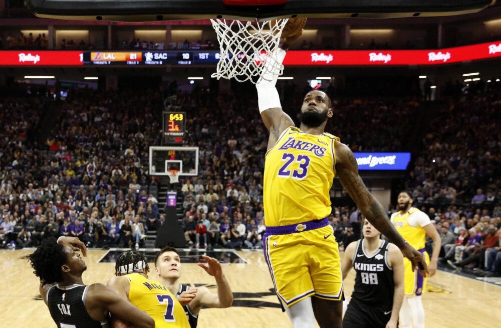 VIDEO | Lakersi superstaarid aitasid klubi tagasi võidureele, uskumatus hoos Damian Lillard tegi ajalugu