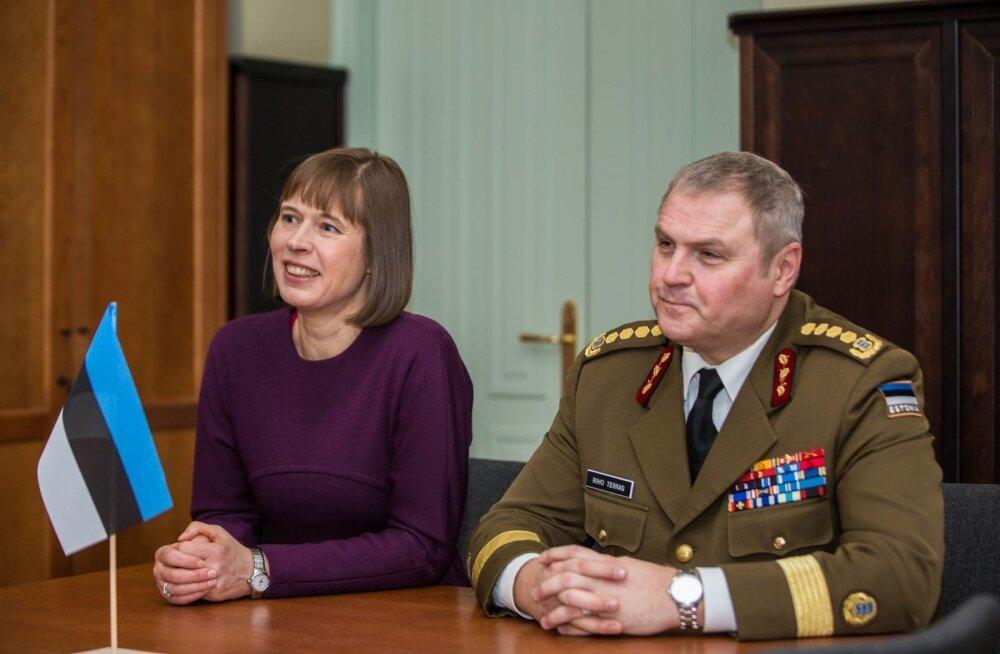 President Kersti Kaljulaid ja Eesti kaitseväe juhataja kindral Riho Terras tegid videokõne Liibanoni