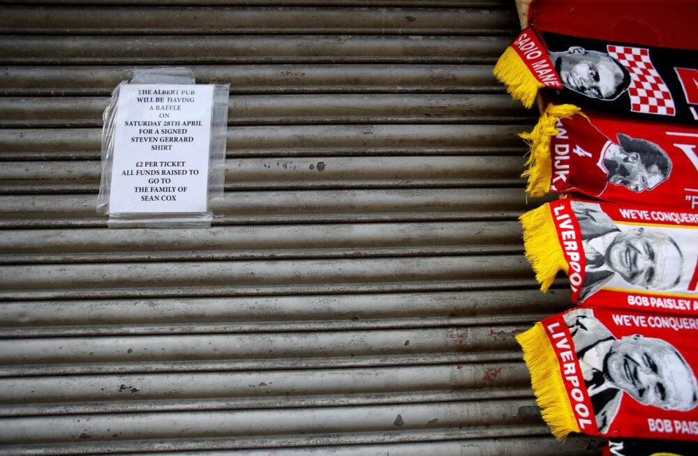 Arstid loodavad Roma poolehoidjate poolt koomasse pekstud Liverpooli fänni peagi teadvusele tuua