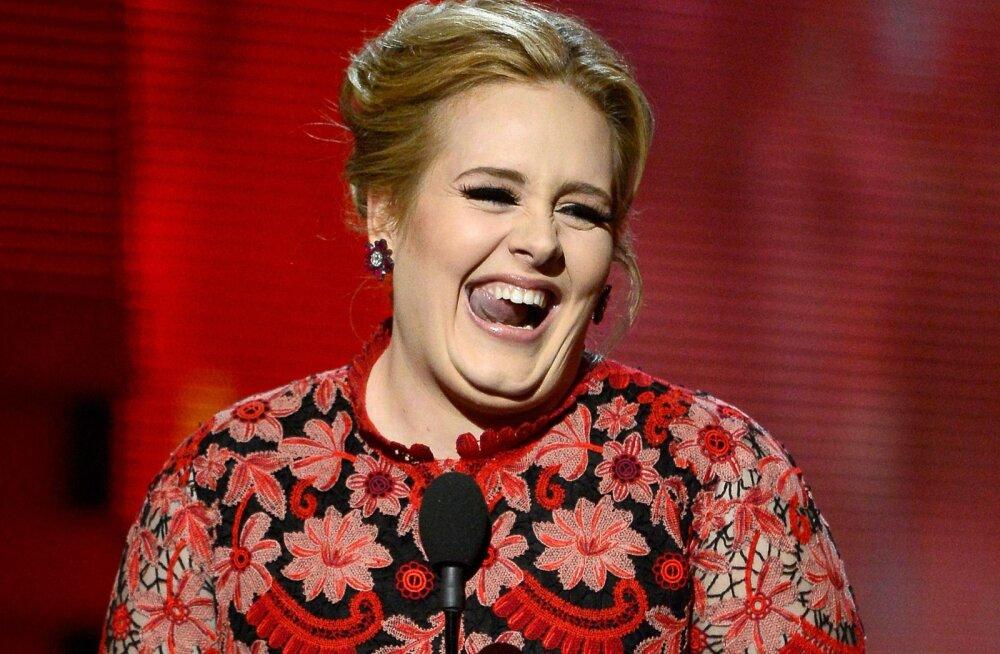Adele tunneb end seksikamana kui kunagi varem: staar üllatab kadestamisväärselt suurepärase vormiga