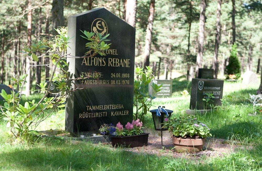 Die Welt: Alfons Rebase austamine Wehrmachti vormis oleks mõistetav, Waffen-SS-i vormis on see provokatsioon