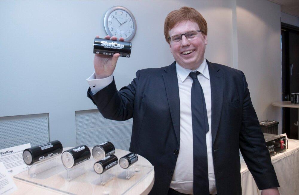 Skeleton Technologies on saanud tegevuse arendamiseks miljoneid eurosid EAS-ist, Saksamaa Arengupangast ja Margus Linnamäe investeerimisettevõttest UP Invest ning sõlminud laenulepingu Euroopa Investeerimispangaga.