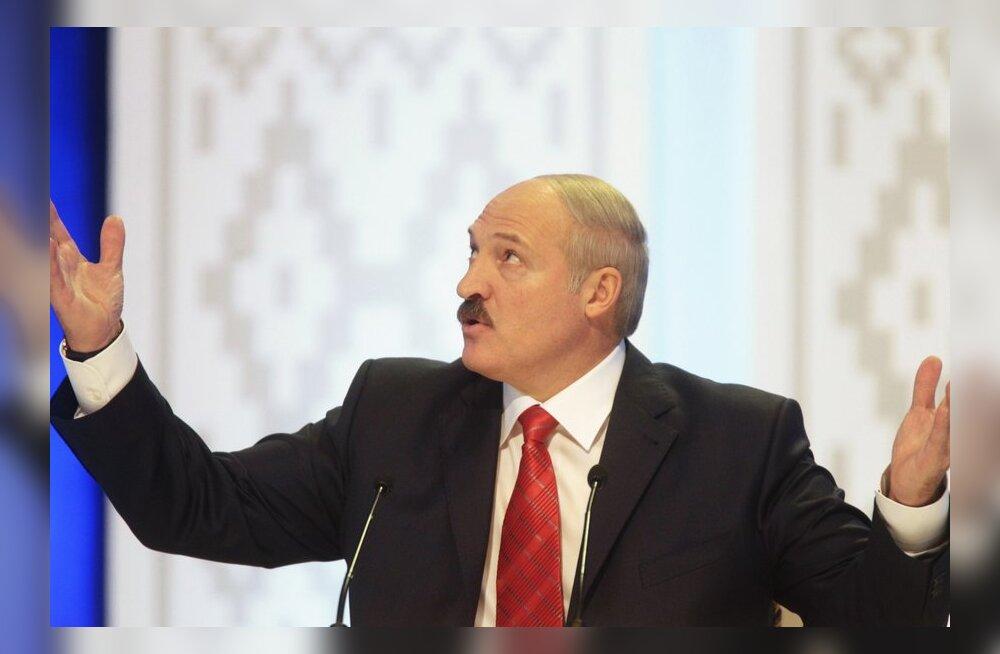 Putinist kõvem mees: Lukašenka püüdis Pripjati jõest 57-kilose säga