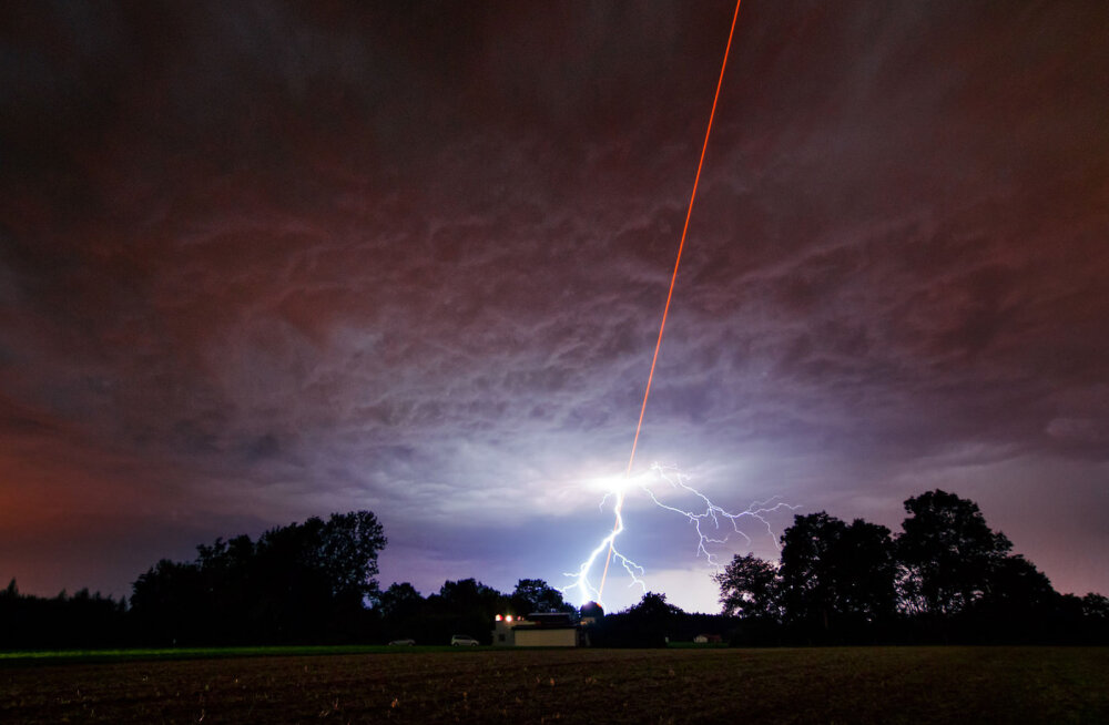 Laser võimaldaks ülipisikesi kosmoseaparaate pöörase kiirusega kaugete tähtedeni saata