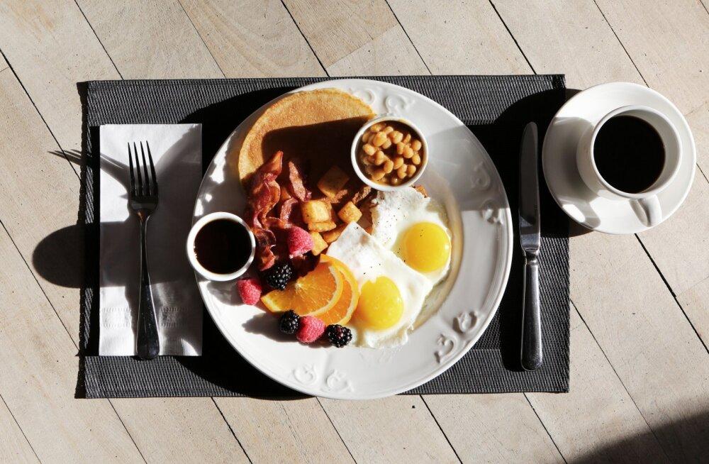 Võikudest ja pudrust villand? Proovi nädalavahetusel palju põnevamaid ja maitsvamaid hommikusööke!