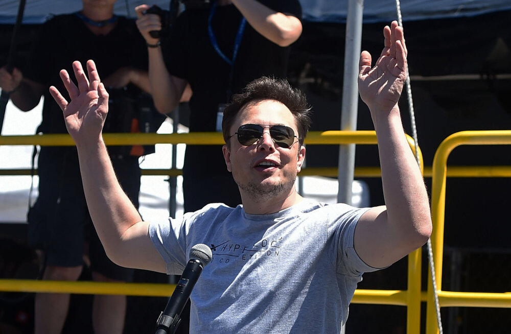 Teslade ekraanidel saab varsti videomänge mängida