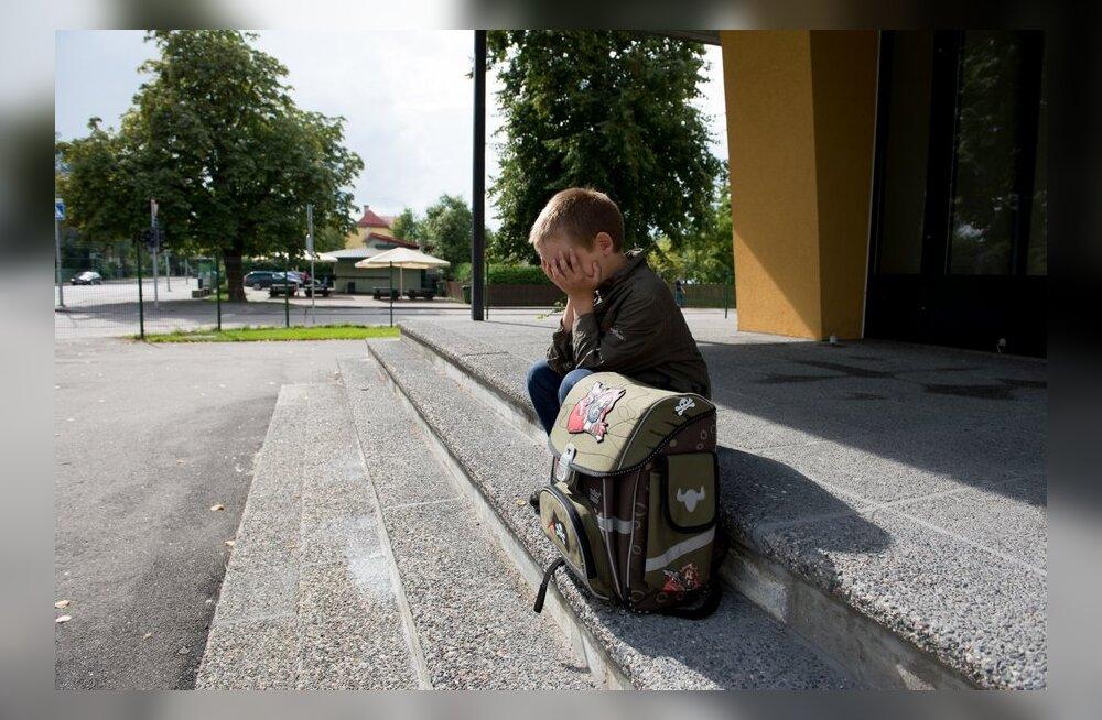 Psühholoog annab nõu: mida teha, kui kiusajaks on hoopis õpetaja