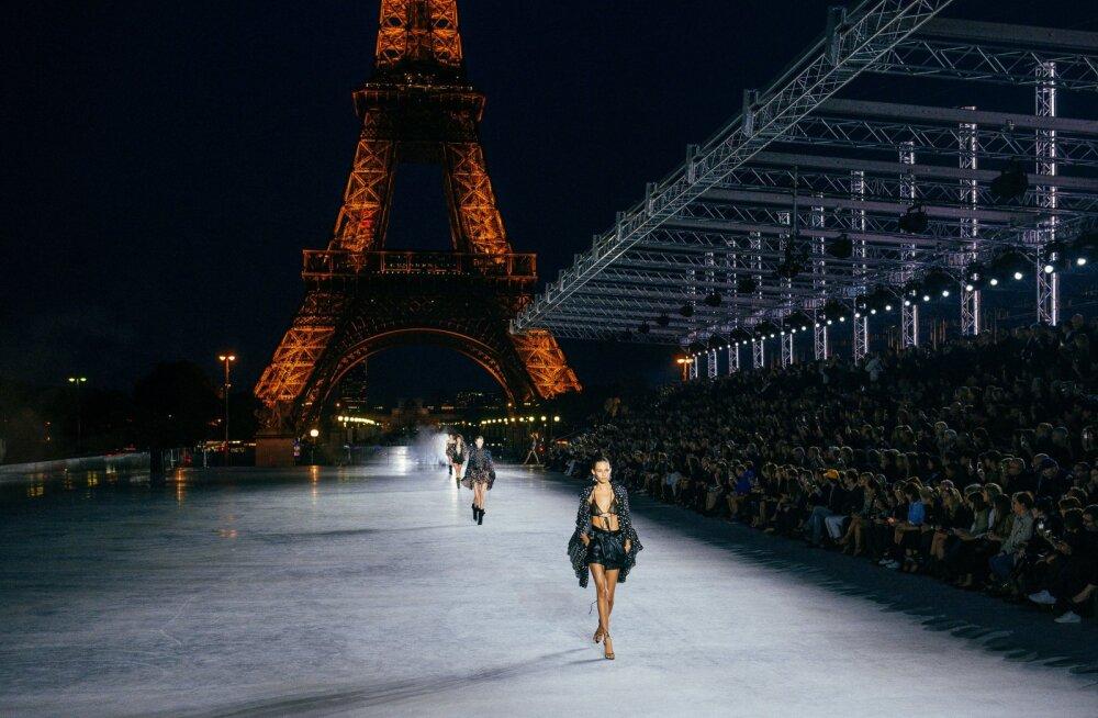FOTOD | Saint Laurent esitles Eiffeli torni taustal järgmise aasta kevadmoodi