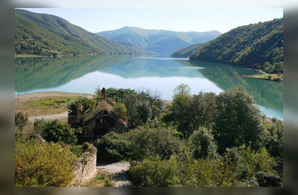Gruusia sõjatee ja Kaukasuse mäestik