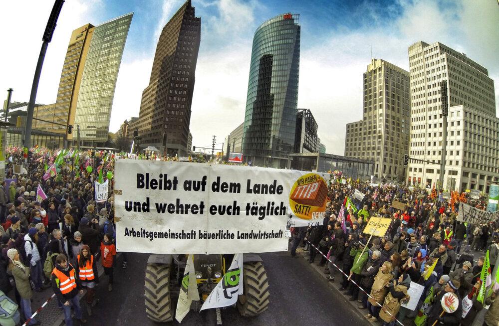 Eesti koolinoored protestisid Berliinis Euroopa põllumeeste väljasuretamise vastu