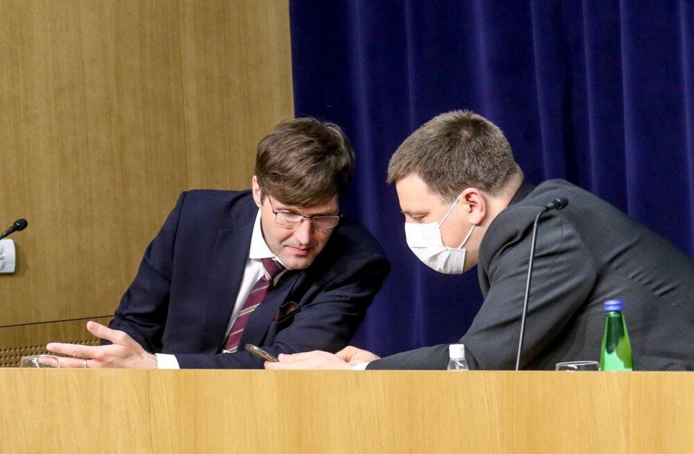 Jüri Ratase sõnum Helmedele: valitsusliikmed tehku päriselt tööd. Selle asemel, et tuult tallata ja veskitega võidelda