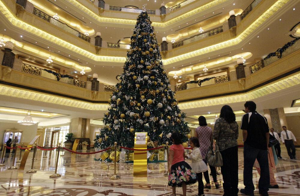 Елочные рекорды. ТОП-5 самых дорогих елок в мире