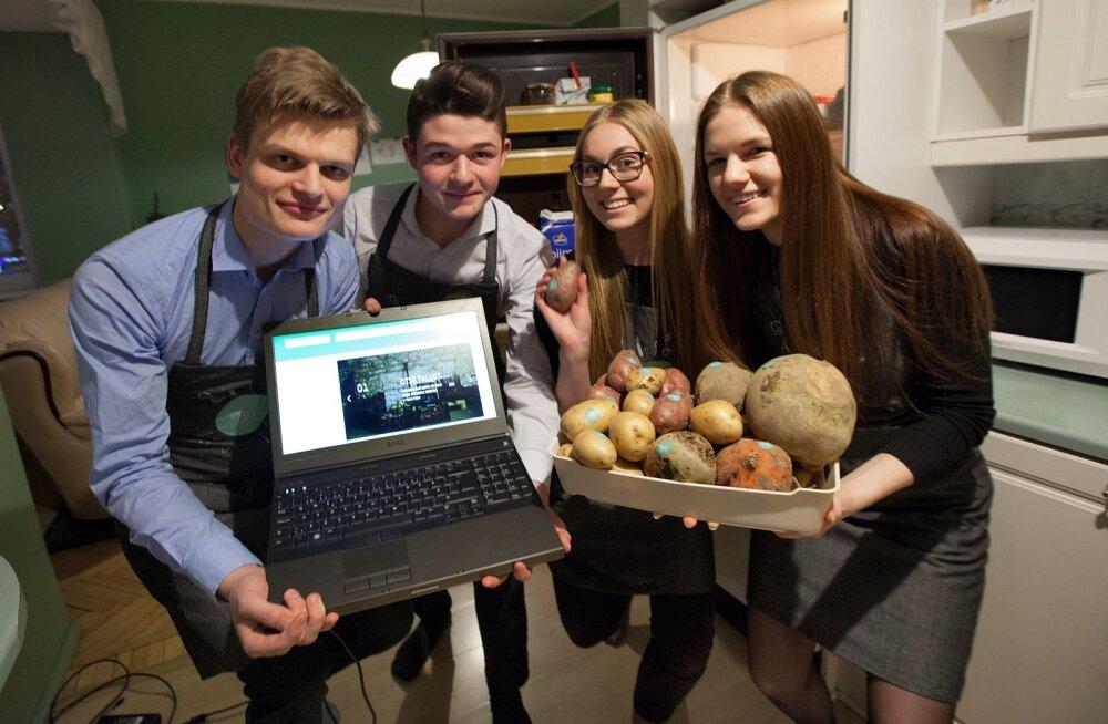 Õpilasfirmas SIBIS murravad tööd teha (vasakult) Rudolf-Gustav Hanni, Karl Angelo Maiuri, Kristiina Toomik ja Elo Johanna Kuklane.