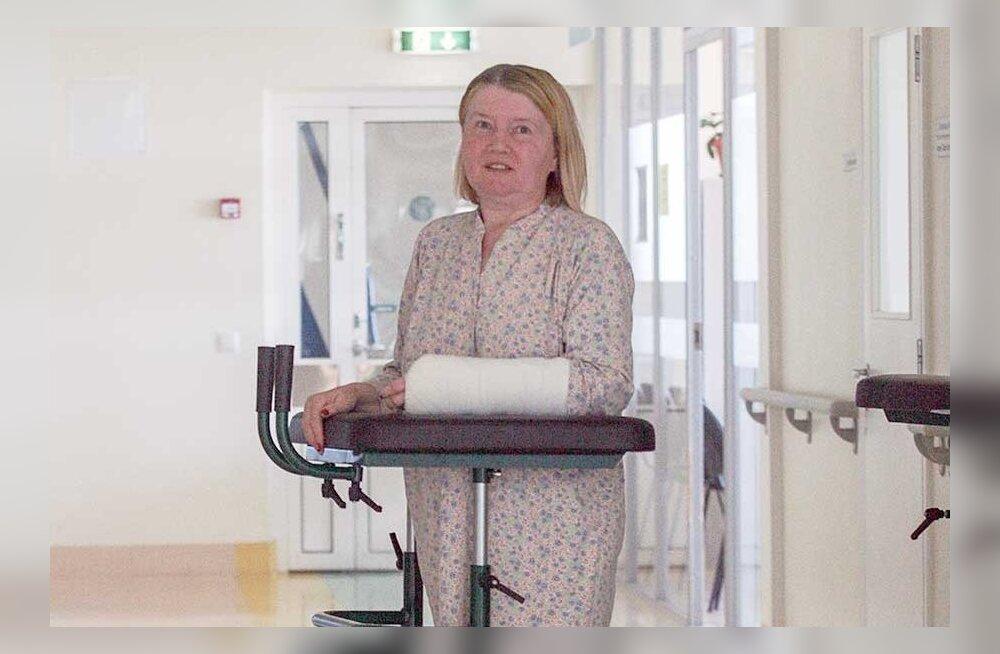 Stockmannis liftiuste poolt jalust maha löödud venelanna sattus luumurdudega haiglasse