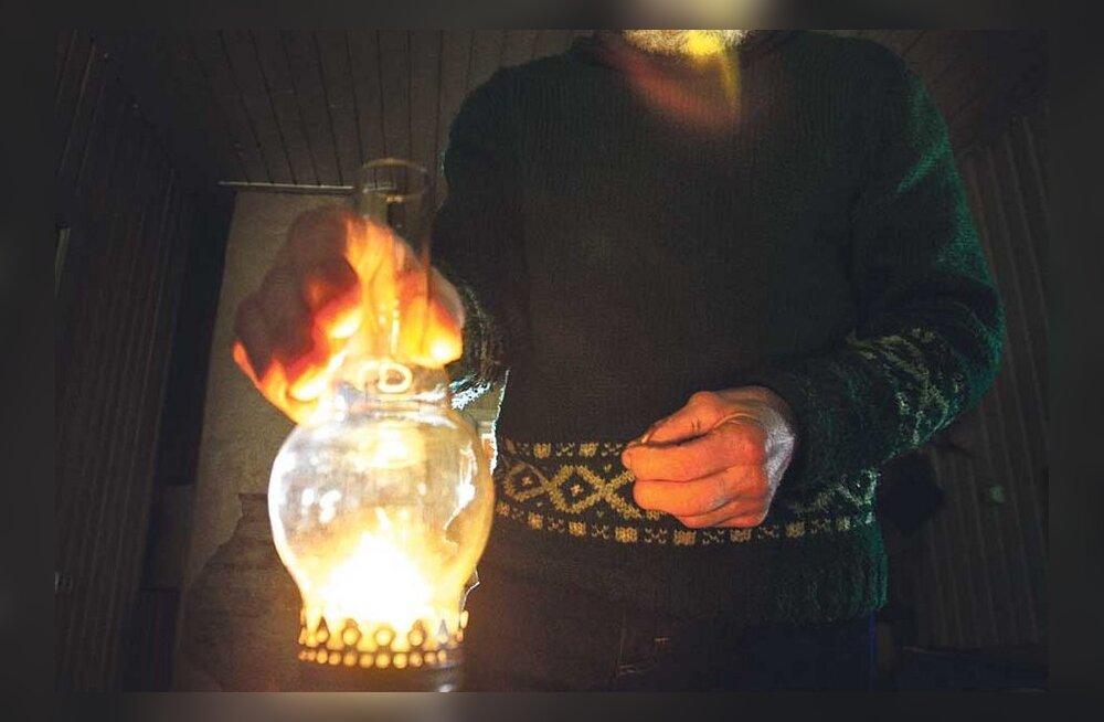 Elektrifirma soovitab: ostke koju generaator, taskulamp ja küünlad