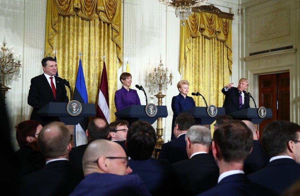 Donald Trump suutis pressikonverentsil Kersti Kaljulaidi naerma ajada.