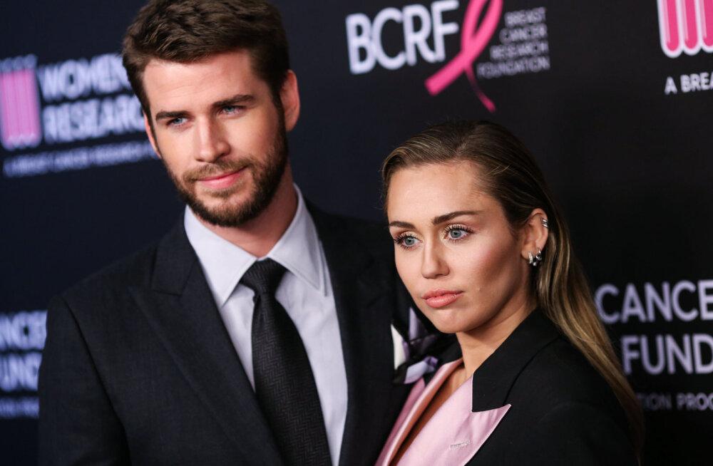 Liam Hemsworth avas lõpuks lahutuse teemal suu: rahu ja armastust!