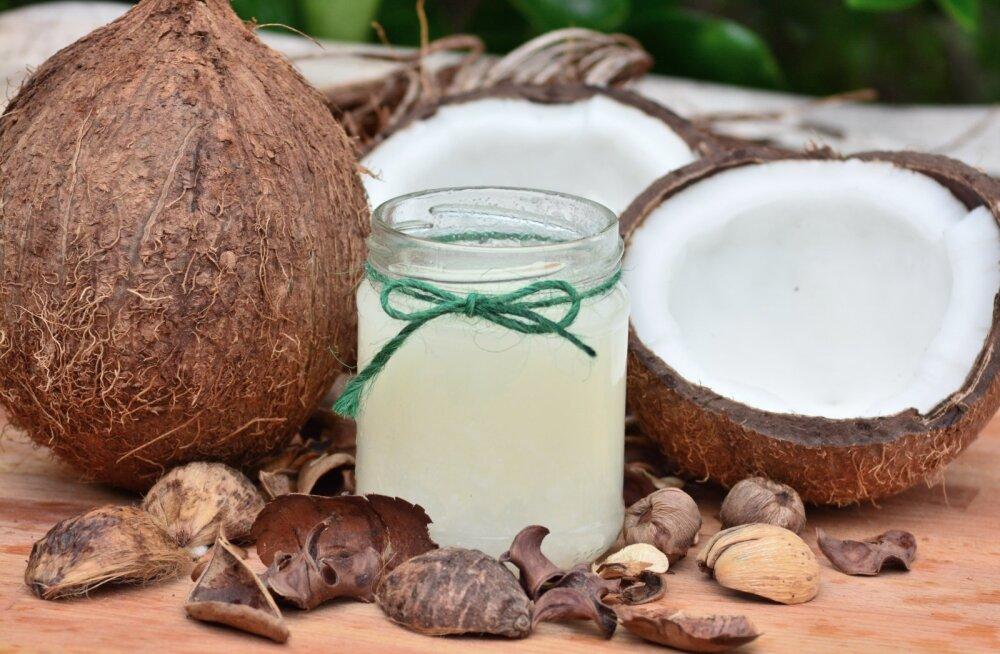 TEEME SELGEKS | Mis vahe on kookosveel ja kookospiimal ja mille poolest erinevad kookosrasv ja kookosõli?
