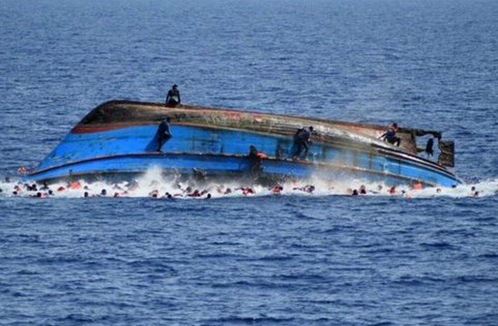 Türgi järvel läks põhja põgenikepaat: hukkus seitse inimest