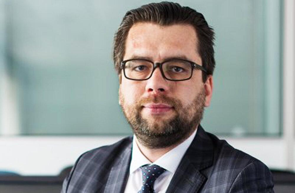 Новым генеральным секретарем Партии реформ станет Керт Валдару