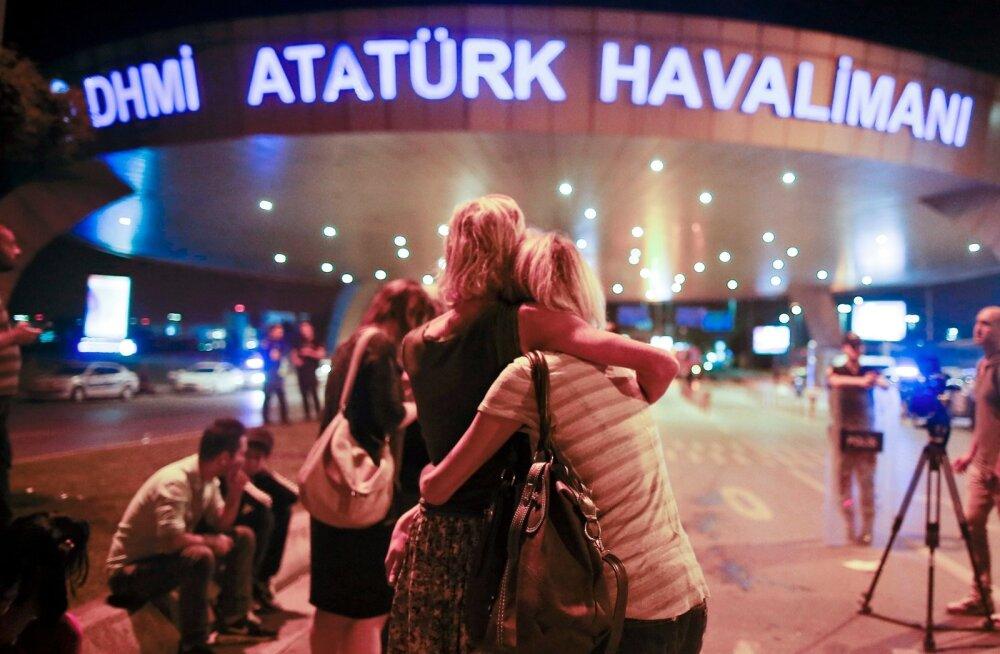 Gruusia parlamendiliige: Istanbuli lennujaama ründaja töötas Saakašvili ajal Gruusia luures