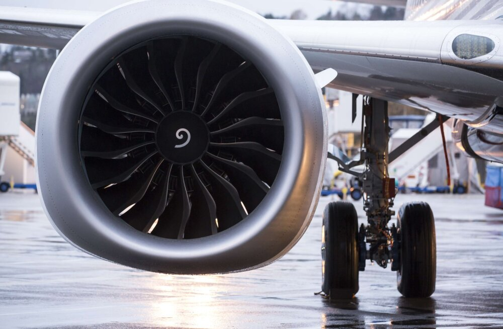 Lennuki mootorisse münte loopinud ebausklik mees sai kopsaka trahvi
