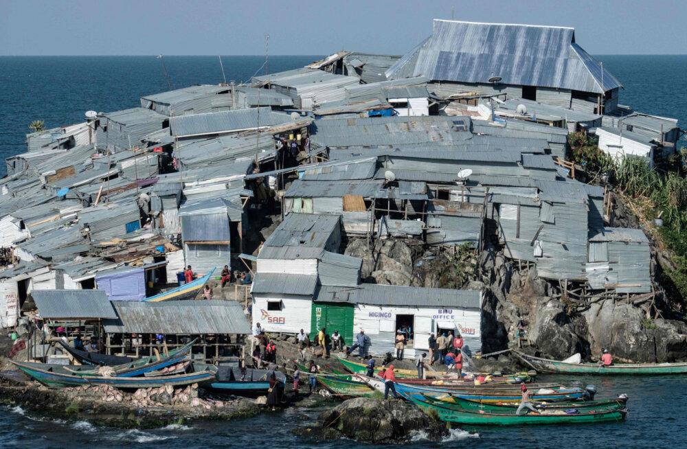 В тесноте, да не в обиде: самые густонаселенные острова в мире