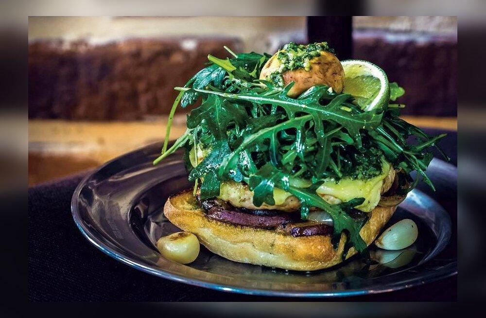 Retsept: tõeline suviste grillpidude kuningas — särtsakalt laimine kanaburger seentega