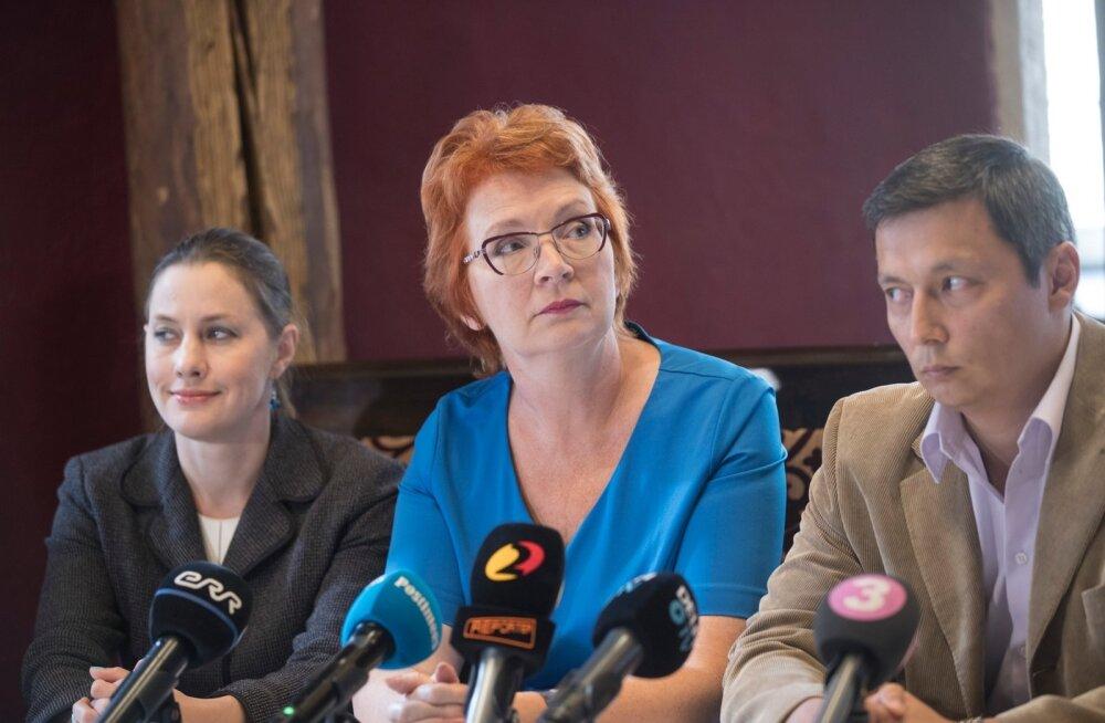 Yana Toom. Pressikonverents hotellis Kolm ÕdeYana Toom. Pressikonverents hotellis Kolm Õde