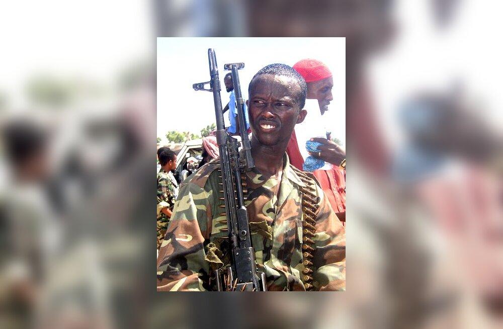 Neeger relvaga, islamivõitleja Somaalias