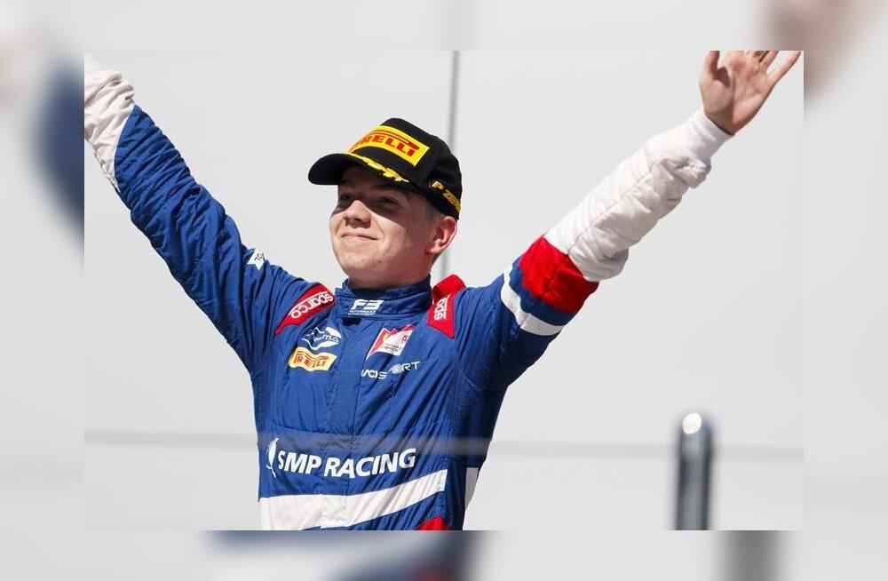 Jüri Vipsi venelasest konkurent pääses astme võrra kõrgemale ja hakkab sõitma koos Schumacheriga